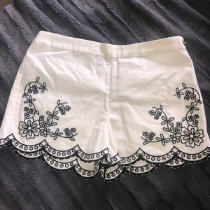 Lulus Linen Scallop Shorts